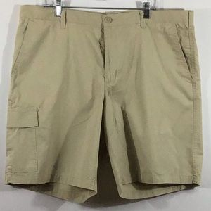 Columbia Cotton Cargo Shorts Khaki Sz 42/10